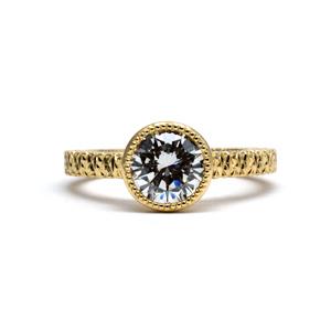 美しいダイアモンドのエンゲージリング_e0131432_10212340.jpg