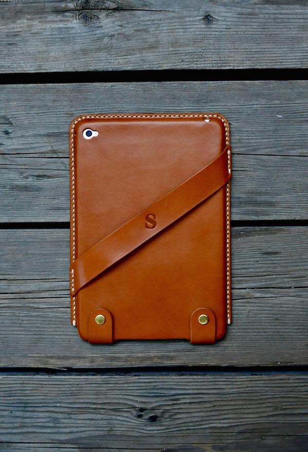 ipad mini 4 leather cover_b0172633_20332420.jpg