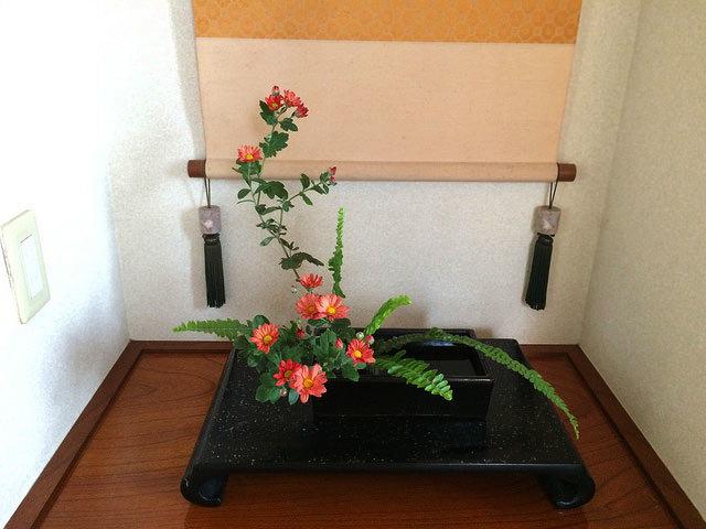 10/28のお花:小菊と玉しだ_b0042538_19155141.jpg