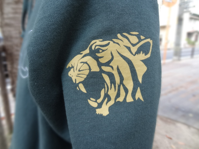 ACAPULCO GOLD HELLCAT PULLOVER HOODIE!!!_a0221253_19373643.jpg
