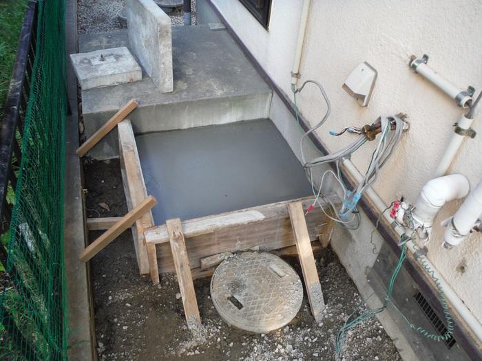 ガーディニング工事 ~ エコ給湯器取替終了です。_d0165368_535343.jpg
