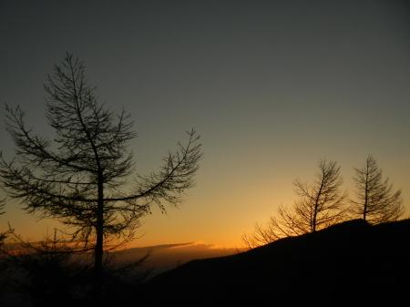 サンセットの綺麗な季節_e0120896_07470178.jpg