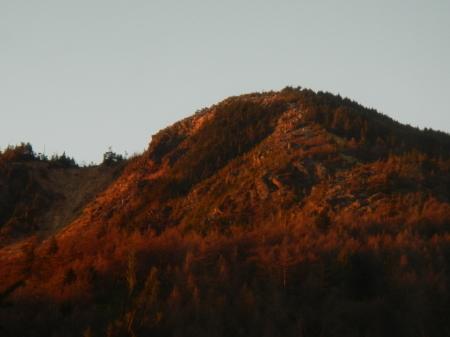 サンセットの綺麗な季節_e0120896_07480447.jpg