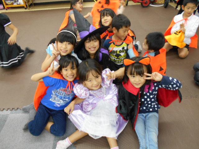 10月30日 お誕生日会&Halloween party_c0315908_18505101.jpg