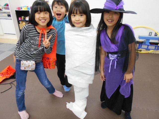 10月30日 お誕生日会&Halloween party_c0315908_18505108.jpg