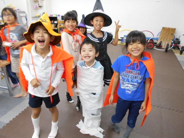 10月30日 お誕生日会&Halloween party_c0315908_18555223.jpg