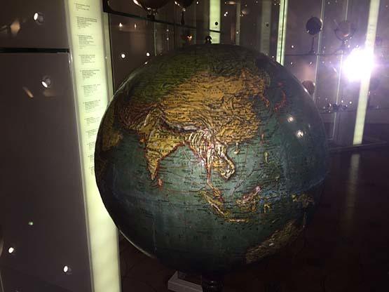 地球儀マニアのあなたの為に_c0352544_15411318.jpg