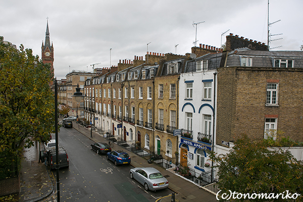ロンドンひとり旅中_c0024345_20101531.jpg