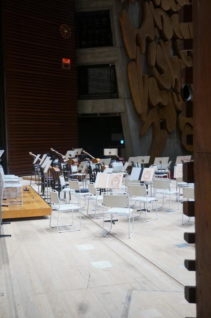 東京文化会館でのコンサートの日。_c0180686_11515288.jpg