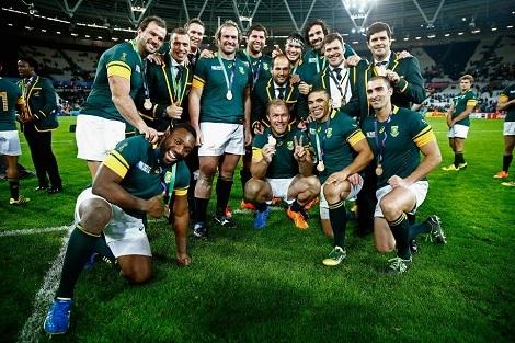 南アフリカが3位、内村は6連覇、そしてハロウィン_d0183174_08400735.jpg