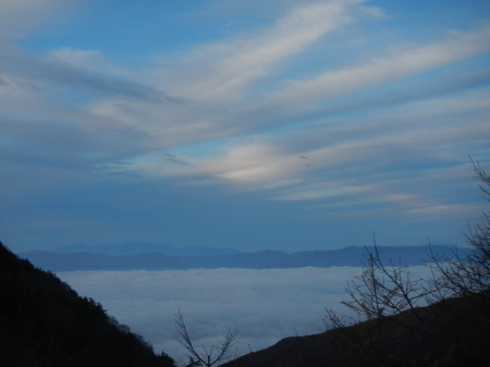 雲海の朝_e0120896_07384902.jpg