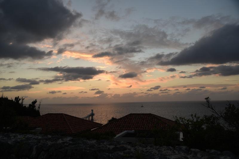 東シナ海に沈む夕日_d0001843_15323181.jpg
