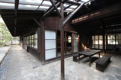高崎の旧井上邸_e0054299_12575142.jpg