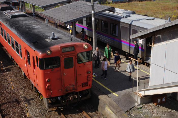 臨時列車どうしの出会い_d0309612_1291895.jpg