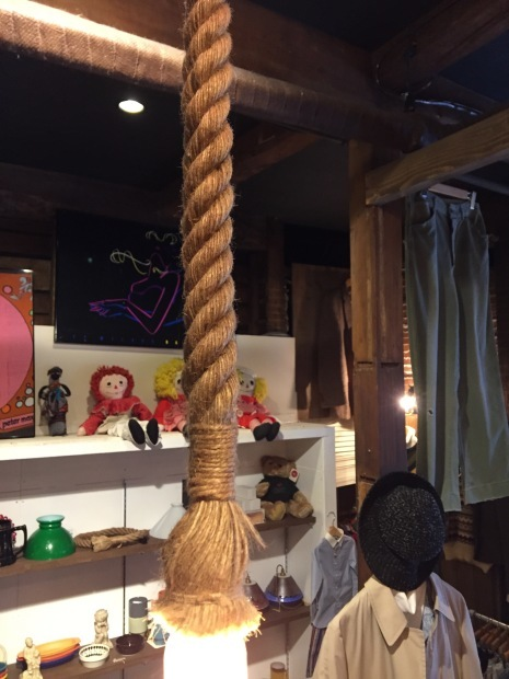 HEMP ROPE PENDANT LIGHT!!!_c0355834_16523854.jpg