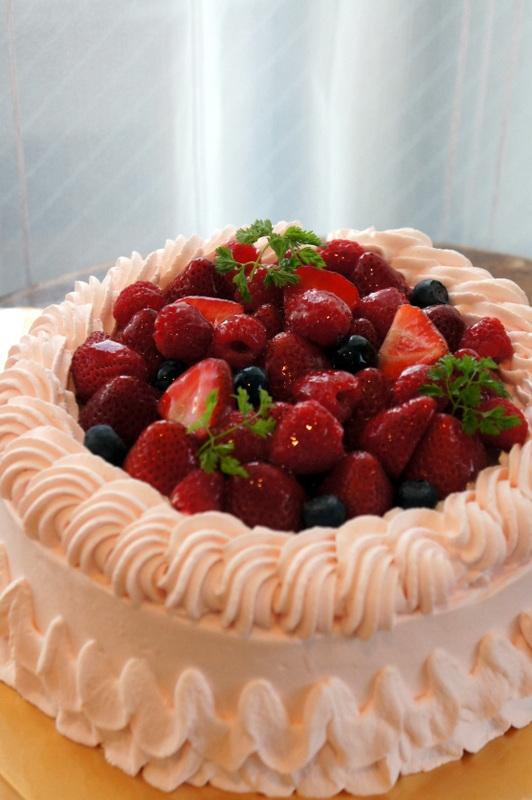 タレントのSさんのお誕生日のケーキ_d0210450_96767.jpg
