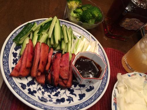 焼き豚でナンチャッテ北京ダック_c0151965_13420290.jpg