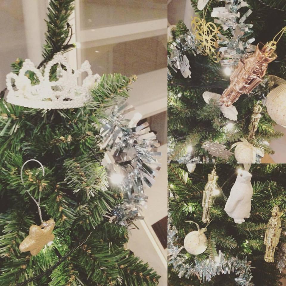 Christmas tree@home_b0195783_8342091.jpg