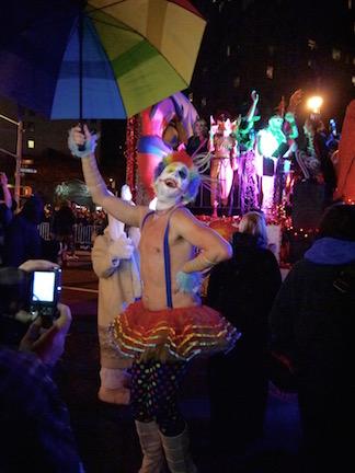 NYのハロウィン・パレード2015  ツボ大賞はムンクの「叫び」!_c0050387_16145128.jpg