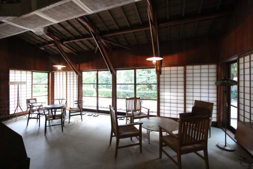 高崎の旧井上邸:居間_e0054299_11174504.jpg
