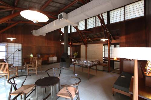 高崎の旧井上邸:居間_e0054299_11181039.jpg