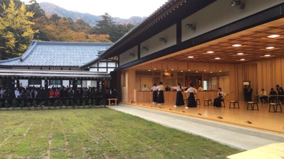 弥彦神社 弓道場_c0170940_19171393.jpg