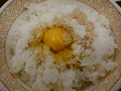 11/3 たまごかけごはん朝食¥220@すき家_b0042308_23395824.jpg
