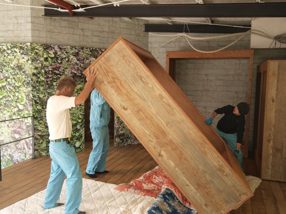 大型家具搬入 @インテリア紅葉_b0231928_1973058.jpg