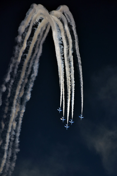 ブルーインパルス〜入間航空祭_b0175635_1038195.jpg