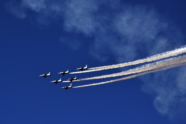 ブルーインパルス〜入間航空祭_b0175635_10383691.jpg
