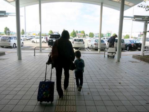 子ども2人連れ里帰りフライト_f0210340_5212165.jpg