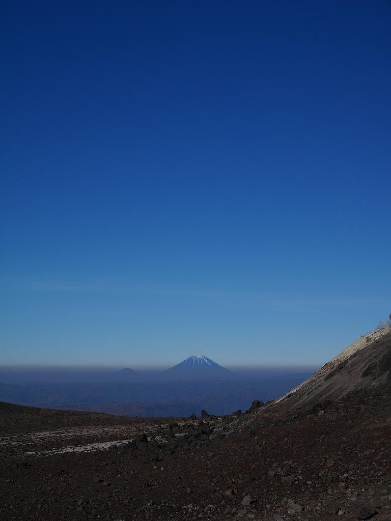 樽前山と風不死岳、11月4日-速報版-_f0138096_15265359.jpg