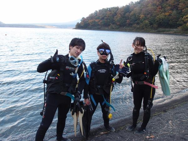 仲良し3人組!本栖湖体験ダイビング!_a0226058_1554308.jpg