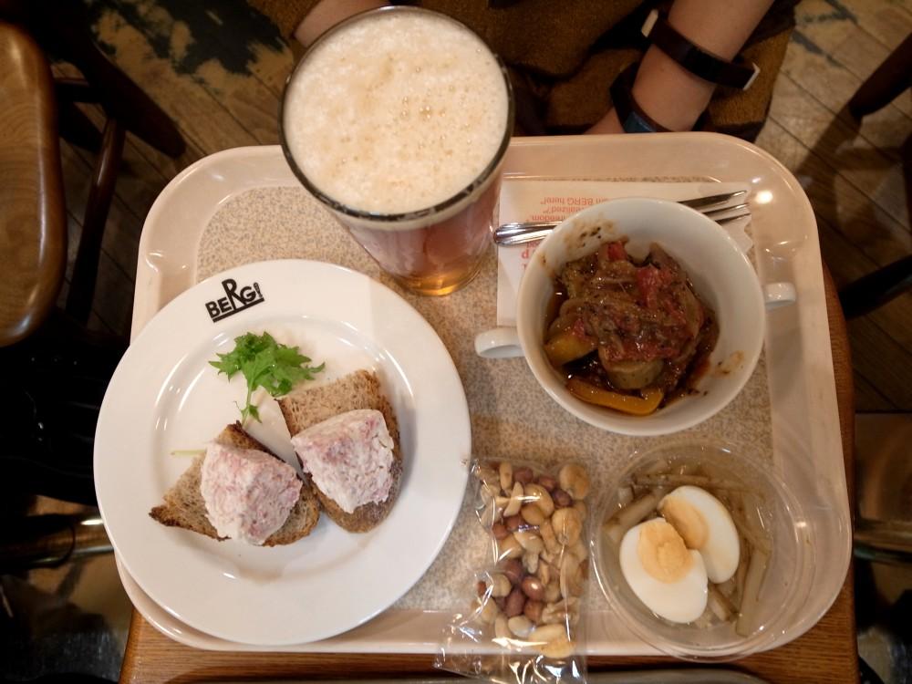 新宿ビア&カフェBERG『クラフトビール革命』フェア 11月も続行です!_e0152073_0183649.jpg