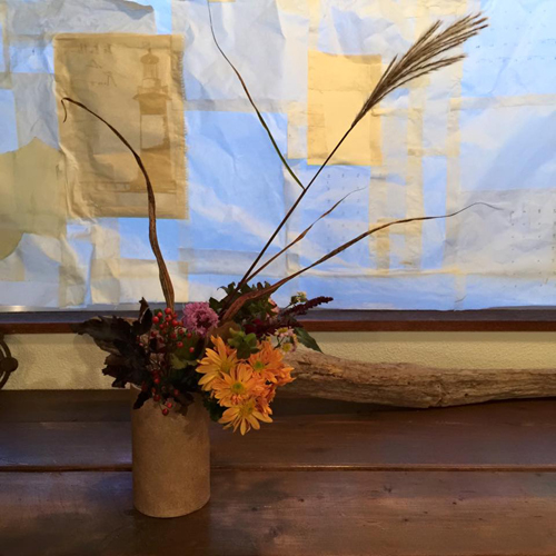 平井かずみサンの花あしらい『陶芸家の器に秋咲きの野の花のしつらえを学ぶ会』_a0251920_10583659.jpg
