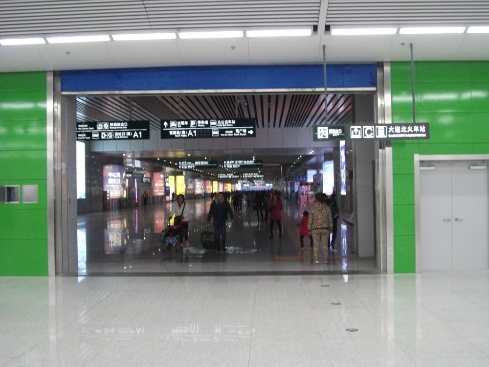 今年5月に続き、10月末大連の地下鉄の2本目が開通しました_b0235153_16425668.jpg