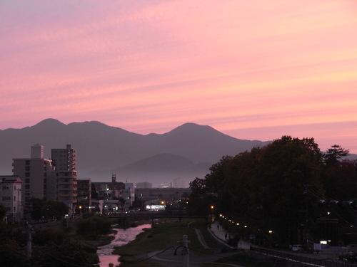 新型「バルマカーンコート」&「ダブルブレスト・ヴェスト」 iwate 仕立て 編_c0177259_0305141.jpg