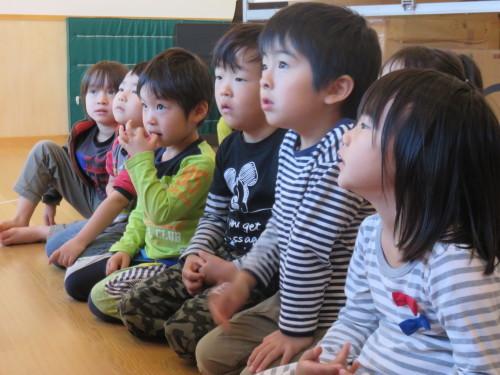 幼児クラスのみんなで手洗いの練習をしました☆_f0327175_18313559.jpg
