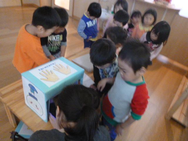 幼児クラスのみんなで手洗いの練習をしました☆_f0327175_19073852.jpg