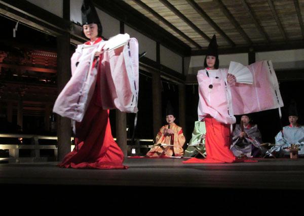 上賀茂神社 夜間特別公開_e0048413_219953.jpg