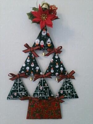 カルトナージュでクリスマスを飾りましょう!レッスン募集です。_c0206366_23463040.jpg