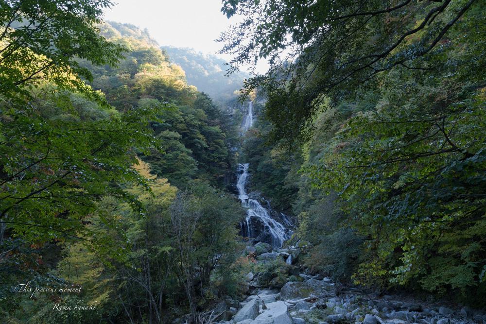 10月半ばの精進ヶ滝_c0137403_1438410.jpg