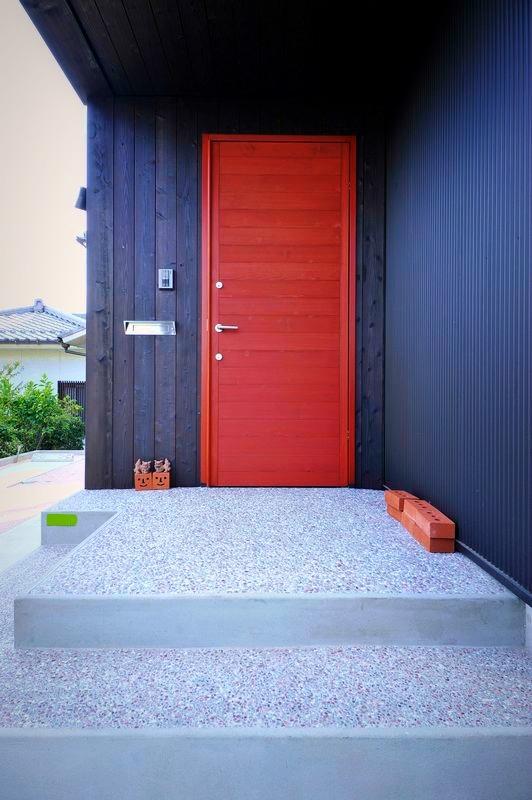 玄関ドアの選択~木製玄関ドア(ユダ木工)~_b0131012_1023129.jpg