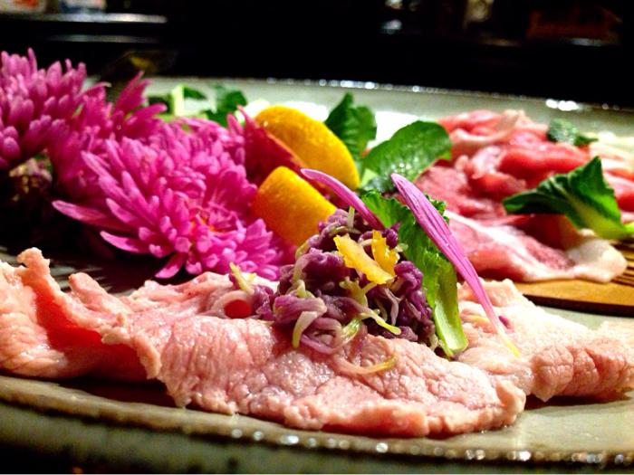 豚しゃぶはもってのほか(食用菊)を巻いて美味しく 菊花の包み_b0221506_18292161.jpg