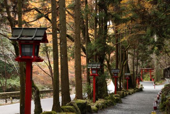 紅葉だより3 貴船神社2 エイデンと奥宮_e0048413_20385088.jpg