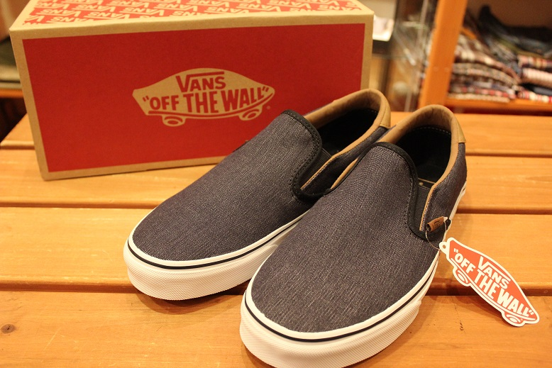 "VANS 2015 HOLIDAY LINE ""SLIP-ON\"" Item ご紹介_f0191324_9262935.jpg"