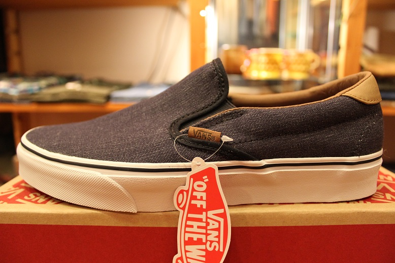 "VANS 2015 HOLIDAY LINE ""SLIP-ON\"" Item ご紹介_f0191324_9264259.jpg"