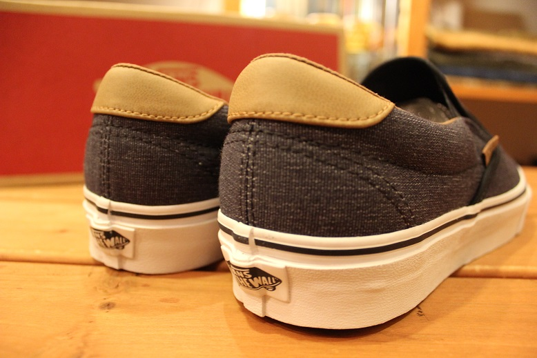 "VANS 2015 HOLIDAY LINE ""SLIP-ON\"" Item ご紹介_f0191324_9265385.jpg"