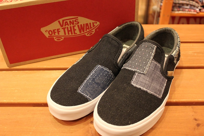 "VANS 2015 HOLIDAY LINE ""SLIP-ON\"" Item ご紹介_f0191324_928273.jpg"