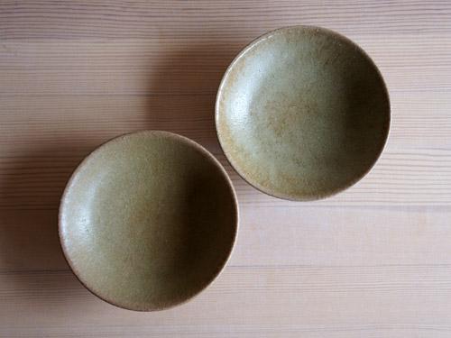 長谷川奈津さんの四寸皿、四寸鉢。_a0026127_15295763.jpg
